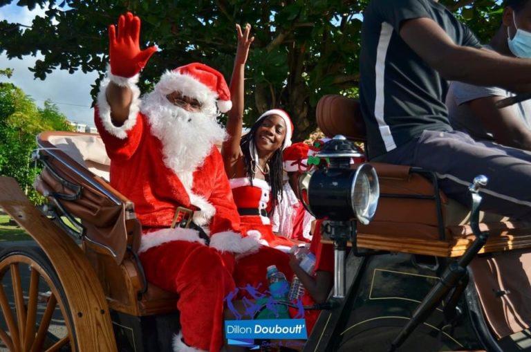 Le Père Noël en Calèche