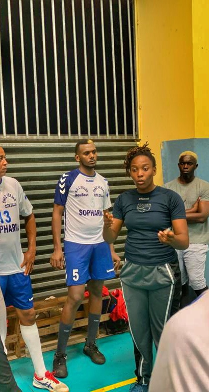 Portrait de Stelly André, coach équipe sénior Handball masculin.